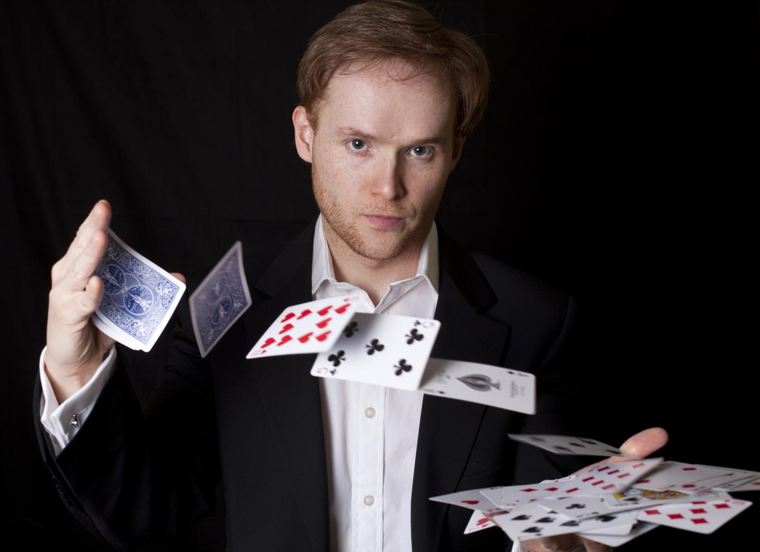 Magician in London James Pritchard